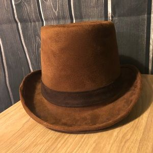 Suede top hat.